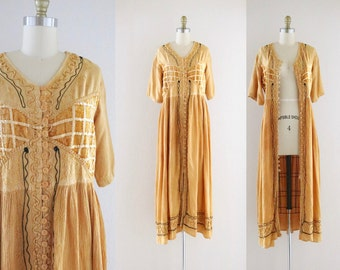 S A L E embroidered market dress / duster