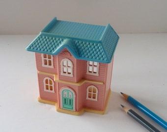 Little Tikes Miniature Dollhouse for Dollhouse Play