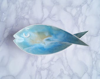 FISH ceramic soap dish, medium size, aqua turquoise glaze, porcelain soap dish, counter top, bathroom accessory, pisces