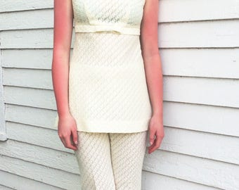 60s Mod Tunic Top Ivory with Pants Sleeveless Vintage Vicky Vaughn 1960s XS