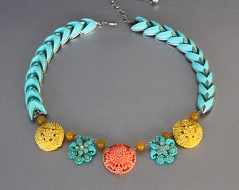 Redone Retro. Vintage Celluloid Statement Necklace in the Colors of the Southwest