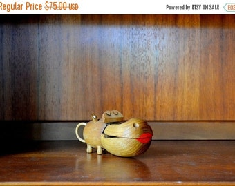 SALE 25% OFF vintage zoo line wooden hippo figurine