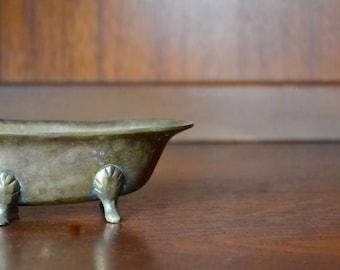 vintage midcentury miniature brass bathtub catch all / vintage dollhouse / dollhouse furniture / vintage bathroom decor