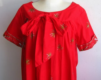 Vintage 50s Reef Hawaiian Gold Ukelele Print Red Cotton Tiki Luau Summer Dress