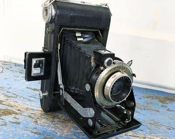 Vintage Kodak Vigilant Six 20 Folding Accordion Camera, Display Camera Prop