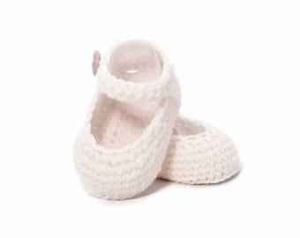 Mary Jane Knitted Baby Shoes in White Merino Wool