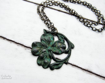 "ÉIRE .:. Vintage Aged Patina Irish Shamrock necklace with 24"" vintage brass chain"