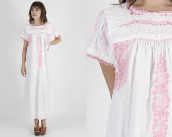 Oaxacan Dress Mexican Dress Boho Wedding Dress White Dress Ethnic Dress Vintage 70s Dress Crochet Lace Floral Embroidered Caftan Maxi Dress