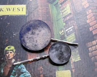 SALE full moon hairpin set - 2 hair pins . moon hair clip jewelry . bohemian hair accessories
