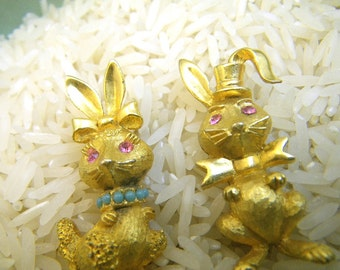 Pair of Bunny Rabbit Scatter Pins - Boy and Girl - Gold with Rhinestones