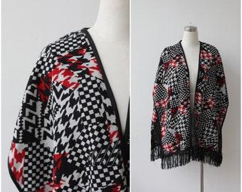 1980s Fringe Shawl, Open Front Cape Poncho, Geo Print Knit Shawl, Red Black White Vest