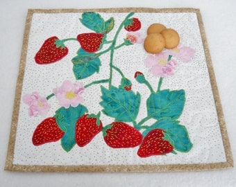 Strawberry Blossom Placemat Strawberry Wall Art Snack Mat Mini Placemat Garden Fruit Nature Snack Mat Trivet MiniQuilt Art Quilt Red Quilt