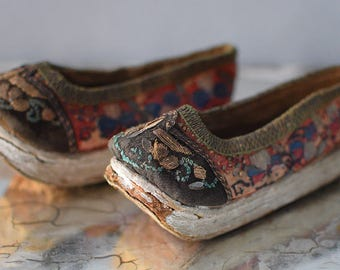 Vintage Chinese Embroidered Shoes Manchu Platform Child's