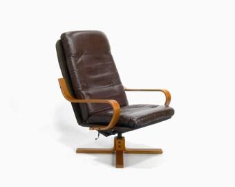 Vintage Norwegian Westnofa High back Lounge Chair
