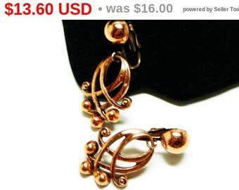 Spring Sale 1950s Copper Earrings - Vintage Clip on Dangling Style - Mid Century Modern Design Lines