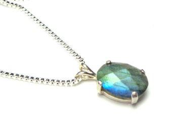 Labradorite Gemstone Necklace, Blue Grey Gemstone, Sterling Silver, Gem Necklace,Blue Flash, Natural Gemstone, Edwardian Fantasy