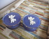Vintage Avon Collectible Rapture Purple frosted glass & plastic jar with doves