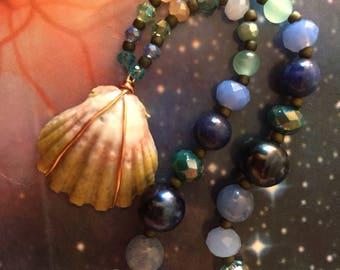 Beaded Hawaiian Sunrise Shell Necklace // water and sky