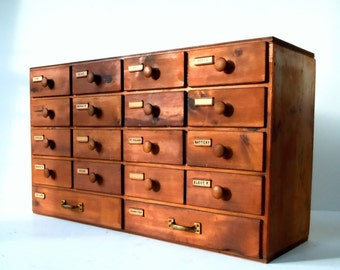 Vintage Industrial 18 Drawer Wood Cabinet / Storage Organization / Old Shop Cabinet / Wood Drawer Parts Cabinet / Homemade Parts Drawers