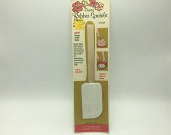 Vintage Daisy Rubber Spatula NOS Wood Handle
