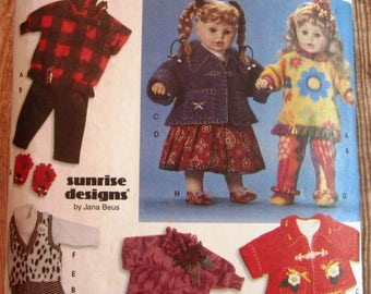 Wardrobe for Dolls in Three Sizes 20, 22 and 23 inch Simplicity Pattern 9054 Cut/Complete