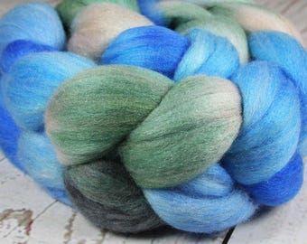 EVENING at Nanoose Bay: Polwarth Merino Bright Nylon Sparkle roving - 4.0 oz - Hand dyed wool roving - Blue roving - Spinning wool roving