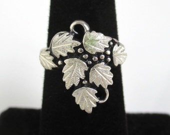 Black Hills Sterling Silver Ring - Large Leaf Design, Vintage Unused w/ Tag - Size 5