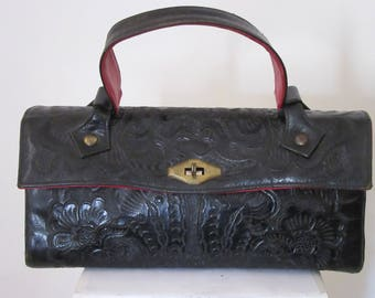 """Vintage 1950s Black and Red Tooled Leather Purse Handmade by """"Flores"""""""