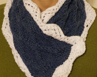 Diamonds and Lace Cowl