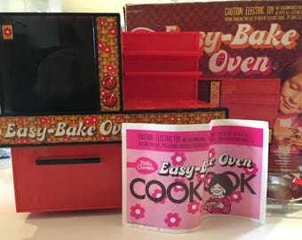 Vintage Easy Bake Oven Box Pans Cookbook Working 1970s