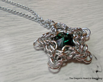 Chainmaille Star Necklace - Swarovski Crystal Color - Emerald Green