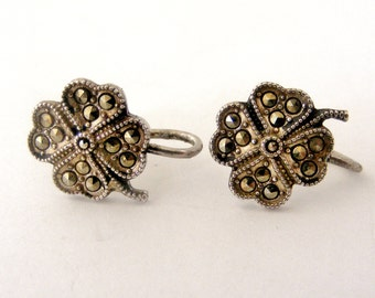 Vintage marcasite four leaf clover screw earrings