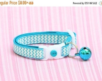 ON SALE Chevron Cat Collar - Tropical Blue Chevrons - Small Cat / Kitten Size or large Size