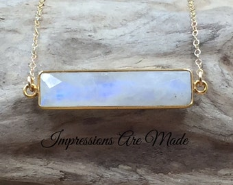 Moonstone Necklace, Rainbow Moonstone Necklace, White Necklace, Natural Stone Necklace, Gold Necklace