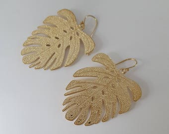 Gold Palm Leaf Earrings,  Gold Plated Brasd Earrings, Gold Filled Hooks, Birthday Gift, Bridesmaid Gift, Mother Gift