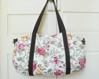 Gym bag, duffel bag, duffle bag, travel bag, sports bag, overnight bag, vegan, upcycled, eco-friendly, flower, rose, made in barcelona