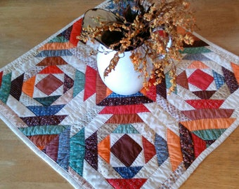 Vintage log cabin table top quilt, pineapple variation, quilt table runner, placemat, photo prop, wall hanging, baby quilt nursery decor