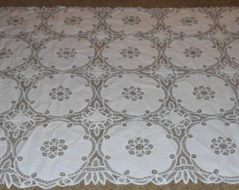 Handmade Batten Lace Tablecloth and Napkins (8) - Brand New!