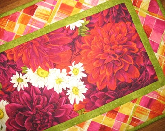 Floral Table Runner Dahlias, quilted table runner, handmade,  Wall Hanging fabric from Timeless Treasures by Chong-A Hwang