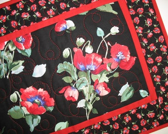 Poppy Table Runner, red. black, green, quilted