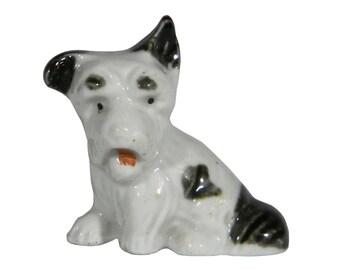 Adorable Miniature Ceramic SCOTTISH TERRIER, Made in Japan circa 1921 - 1941