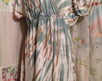 LARGE/XL, Top Hippie Tie Dyed Flowerchild Boho Bohemian Stretch Comfy Tunic Top