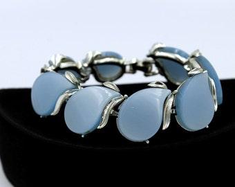 Lovely Blue Thermoset Bracelet, ca. 1950s