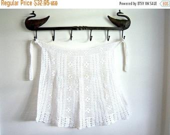 Vintage Handmade White Crochet Apron Small Home Decor New Orleans Vintage Shop Vintage Fashion Holiday Retro Vintage