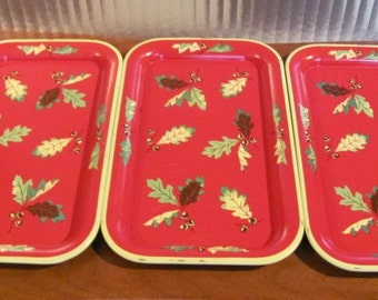 Vintage 50's Metal Acorn and Oak Leaves Individual Tin Snack Trays - set of 3 - Thanksgiving - Christmas - Serving - Entertaining - TV Trays