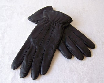 Vintage Gloves by Gates Thinsulate Driving Gloves For Women Black Leather Lined Ladies Gloves Size Medium Ladies Vintage 1980s