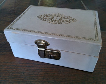 Vintage Small Jewelry Box - Weathered Beige