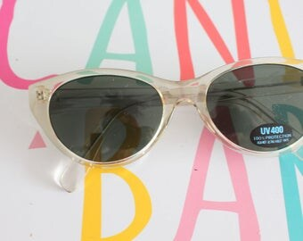 1990s Vintage TWIGGY MOD Look Sunglasses...eyewear. fancy. cat eye. 1980s accessories. classic. twiggy. designer vintage. 1990s. clear. NOS