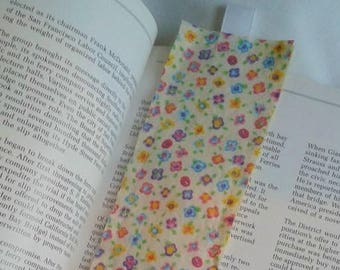 Flowers Bookmark / Fabric Bookmark / Floral / Sweet Flower Print / Bookmark