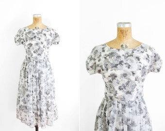 1950s Dress - 50s Dress - Black And White Floral Printed Day Dress